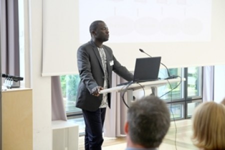 BiomassWeb coordinator Raymond Jatta introduced FARA's new data infrastructure DataInformS and explained how BiomassNet will be integrated in FARA's outreach platforms