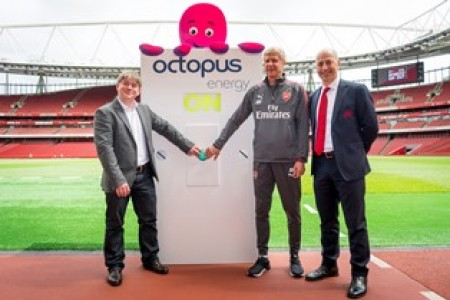 (L to R) Octopus Energy founder Greg Jackson, Arsenal manager Arsene Wenger and chief executive Ivan Gazidis