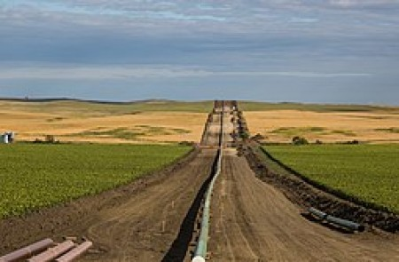 By Tony Webster from Minneapolis, Minnesota (Bakken / Dakota Access Oil Pipeline) [CC BY-SA 2.0 (https://creativecommons.org/licenses/by-sa/2.0)], via Wikimedia Commons