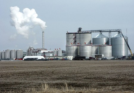 An ethanol plant in Iowa, US (USDA/Steven Vaughn)
