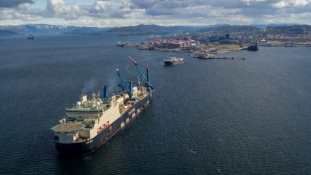 Saipem's Castorone pipelaying vessel at Mongstad (photo: Espen Rønnevik / Roar Lindefjeld / Woldcam)