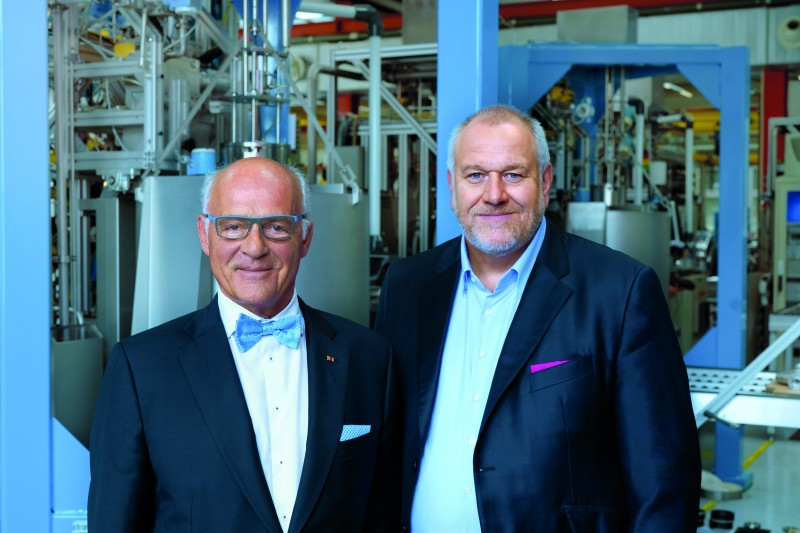 Klaus Endress, president of the Supervisory Board (left), and Matthias Altendorf, CEO of Endress+Hauser